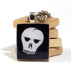 scrabble_skull_pendant