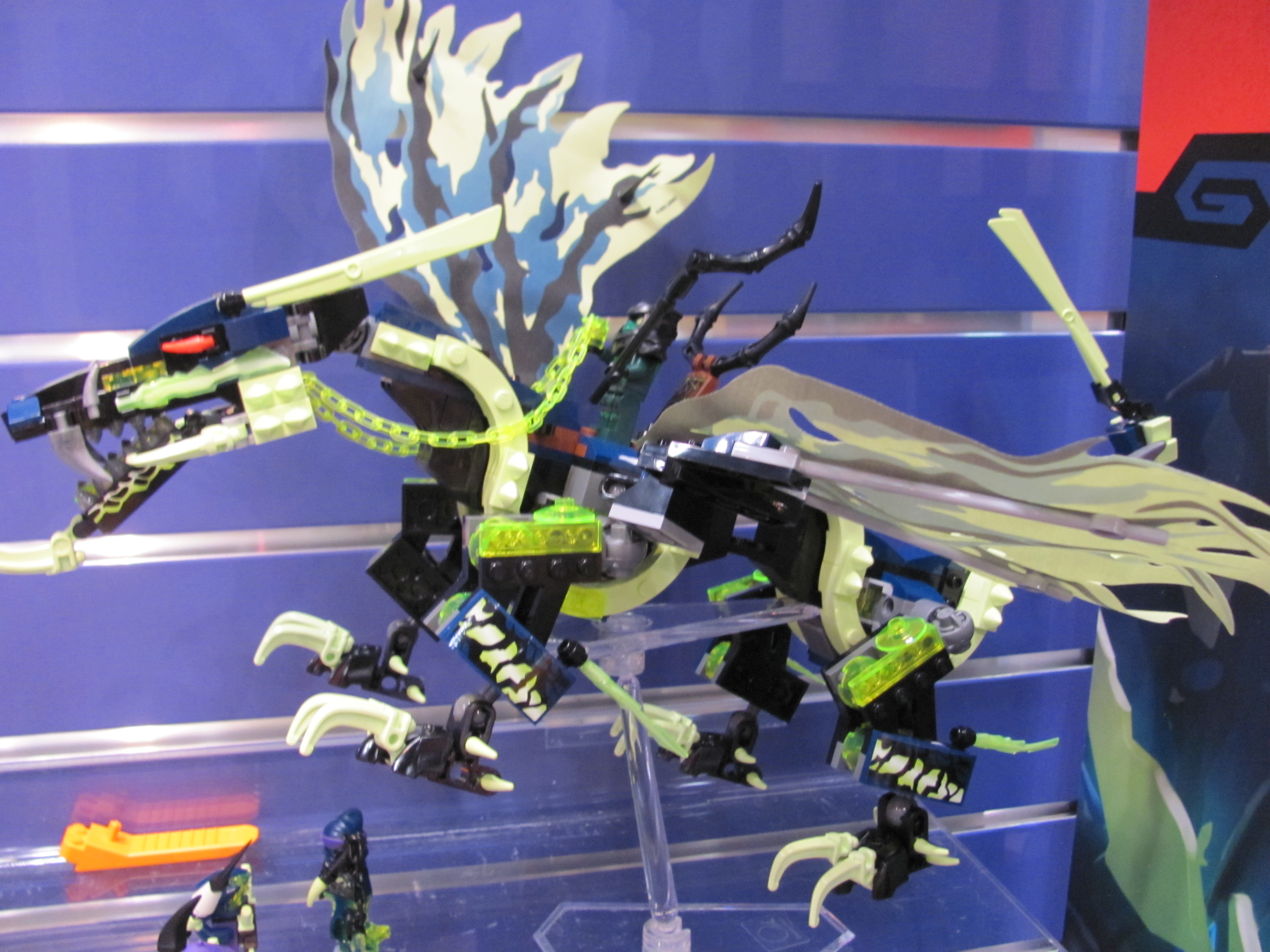 toy fair 2015 lego legends of chima and ninjago purple pawn. Black Bedroom Furniture Sets. Home Design Ideas