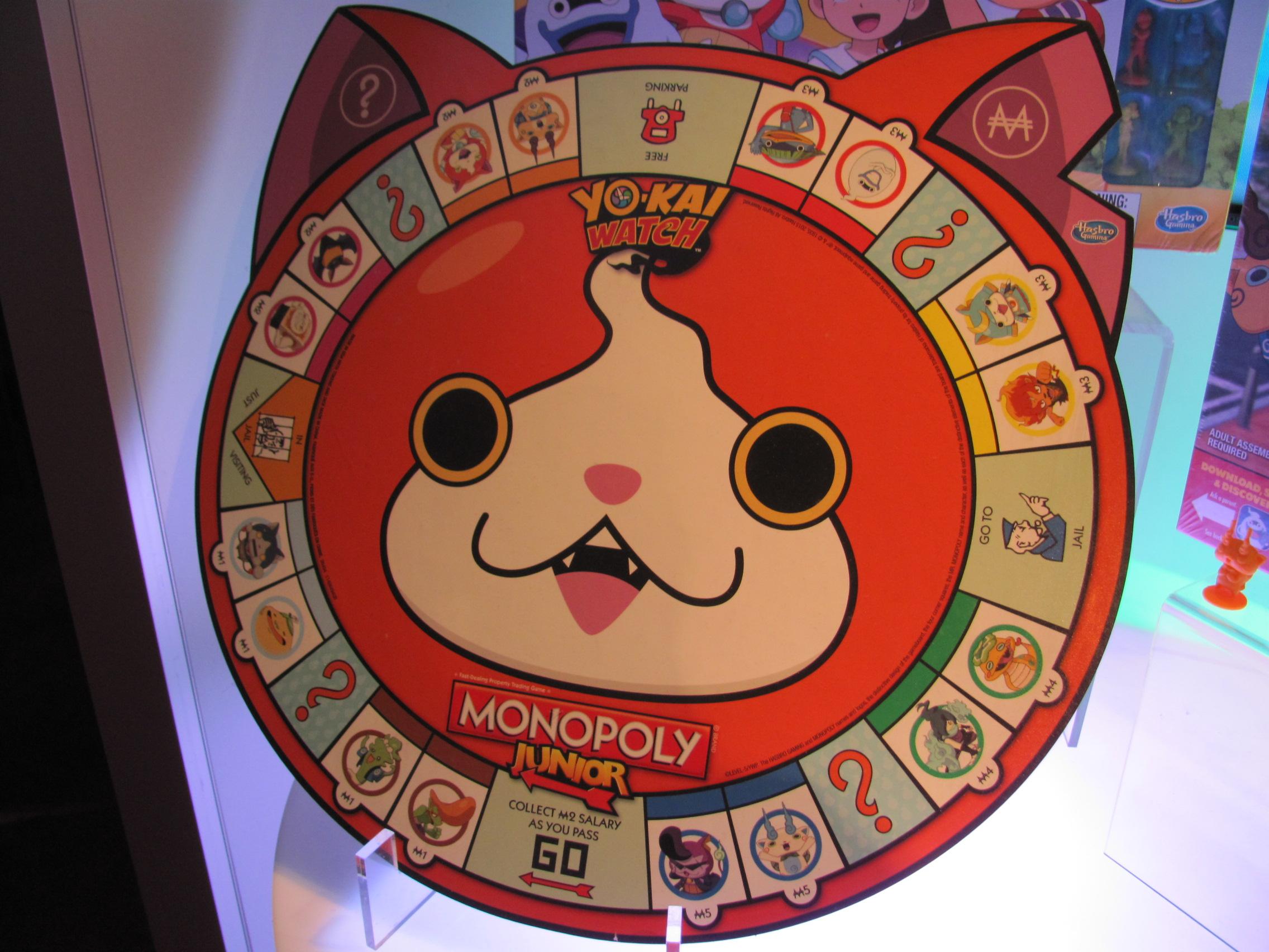 Toy fair 2016 yo kai watch tcg and board games purple pawn for Decoration yo kai watch